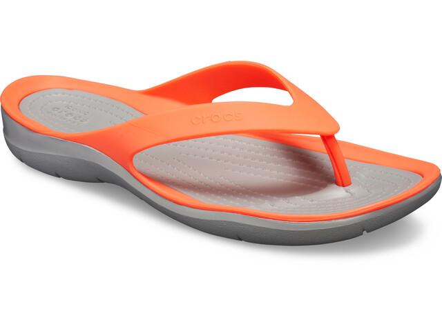 Crocs Swiftwater Flip Sandals Damen bright coral/light grey